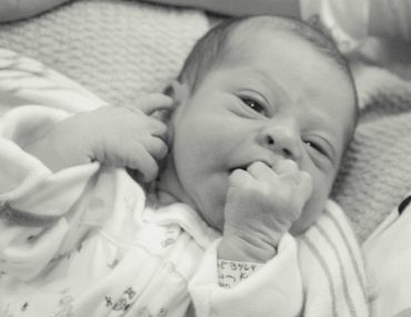 Quick tips for taking photos of your newborn