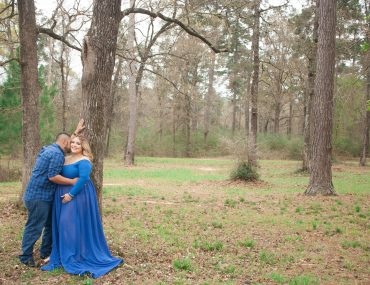 Maternity session: The Blue Gown | Conroe, TX