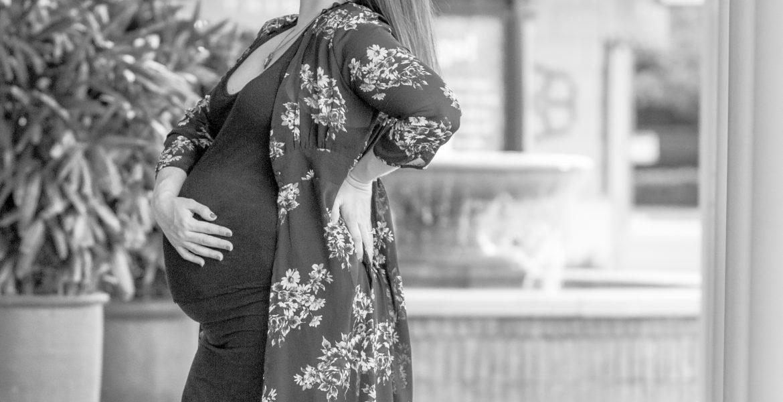 Maternity session: Lauren+Chloe | The Woodlands, TX