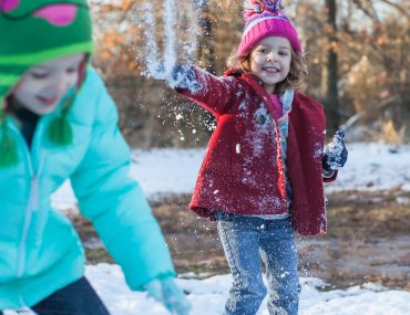 Christmas traditions: snow at the farm!