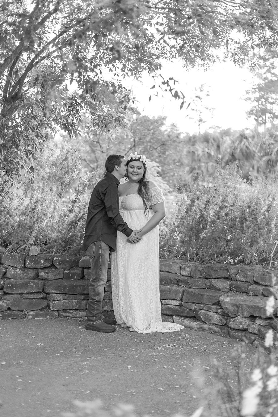romantic couples maternity portraits at mercer arboretum in houston texas
