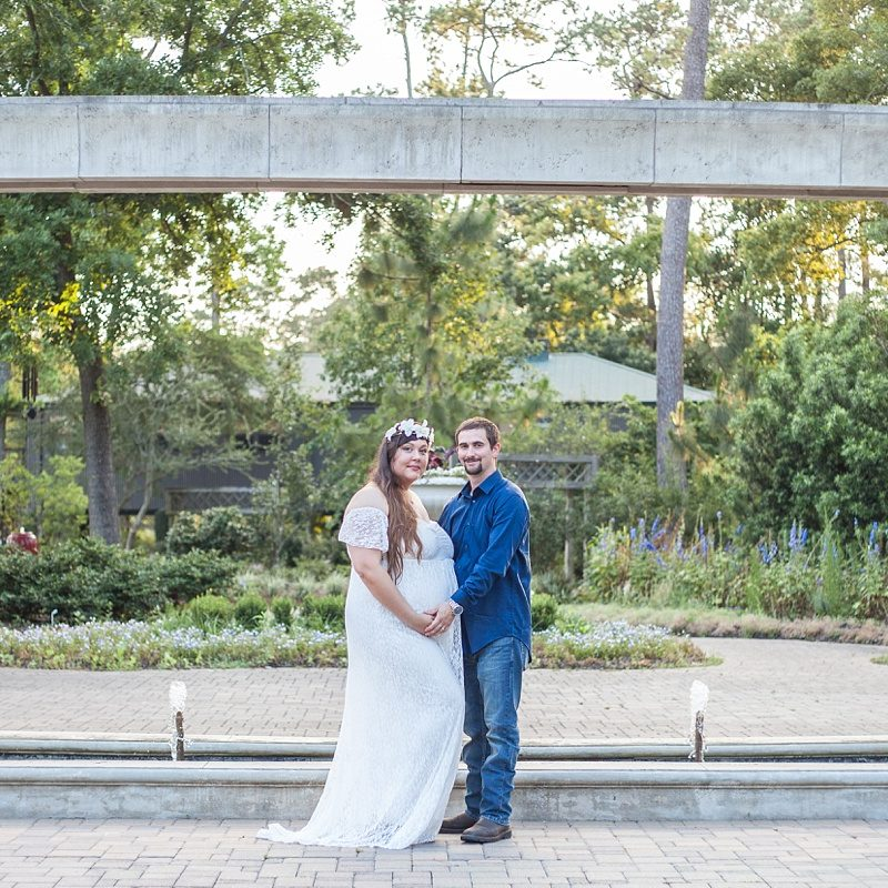 romantic couples maternity session in the woodlands texas