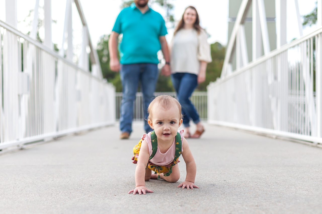 beautiful family photos the woodlands waterway the woodlands texas