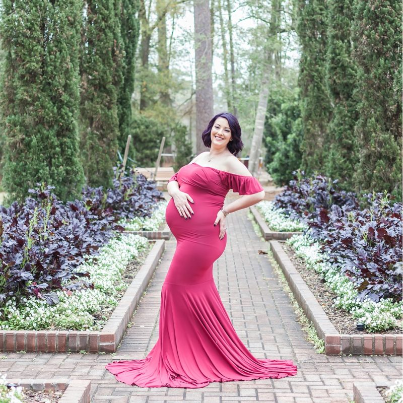 beautiful mama-to-be at mercer arboretum by kristal bean photography