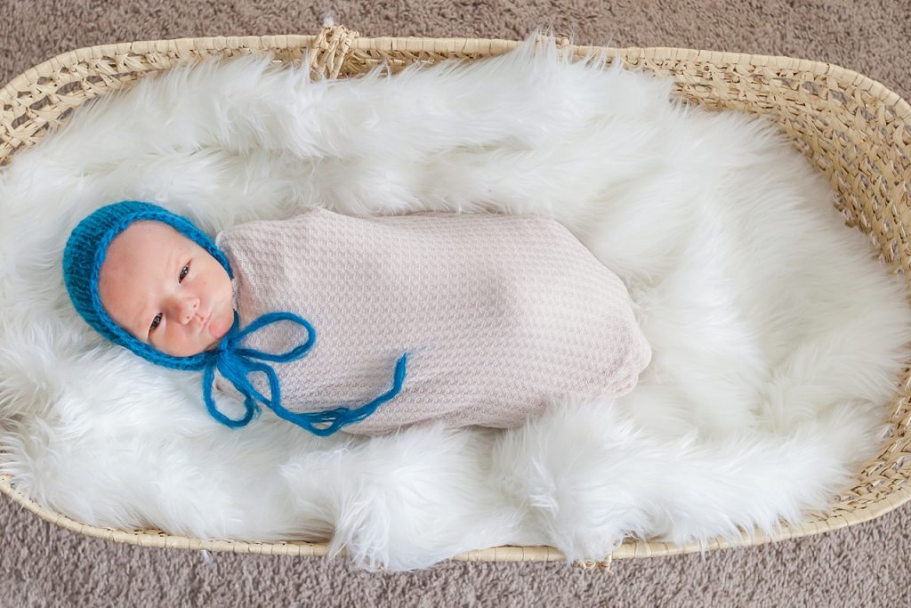 the woodlands, tx newborn photography sessions in client homes by kristal bean