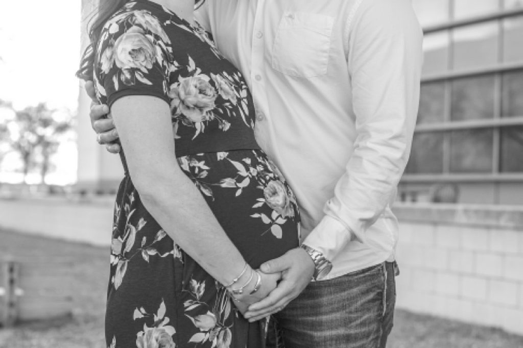 texas a&m campus maternity photography session by kristal bean photography
