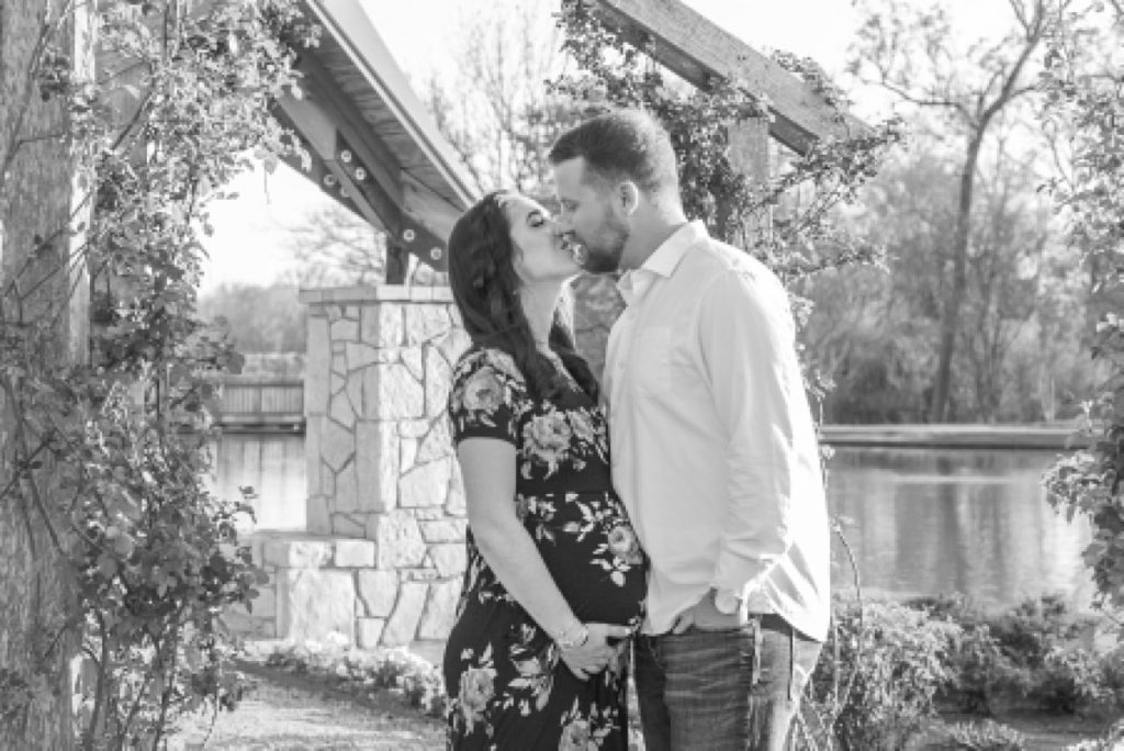 texas a&m campus maternity session by kristal bean photography