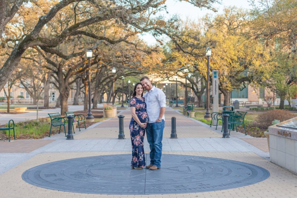 maternity portraits at texas a&m by kristal bean photography